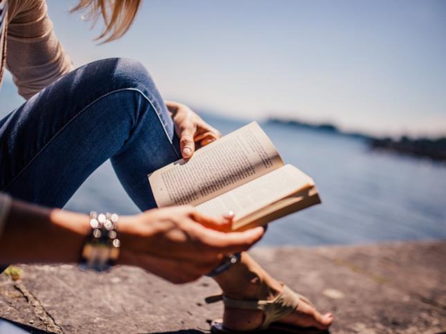 Un libro ti fa viaggiare a ogni pagina