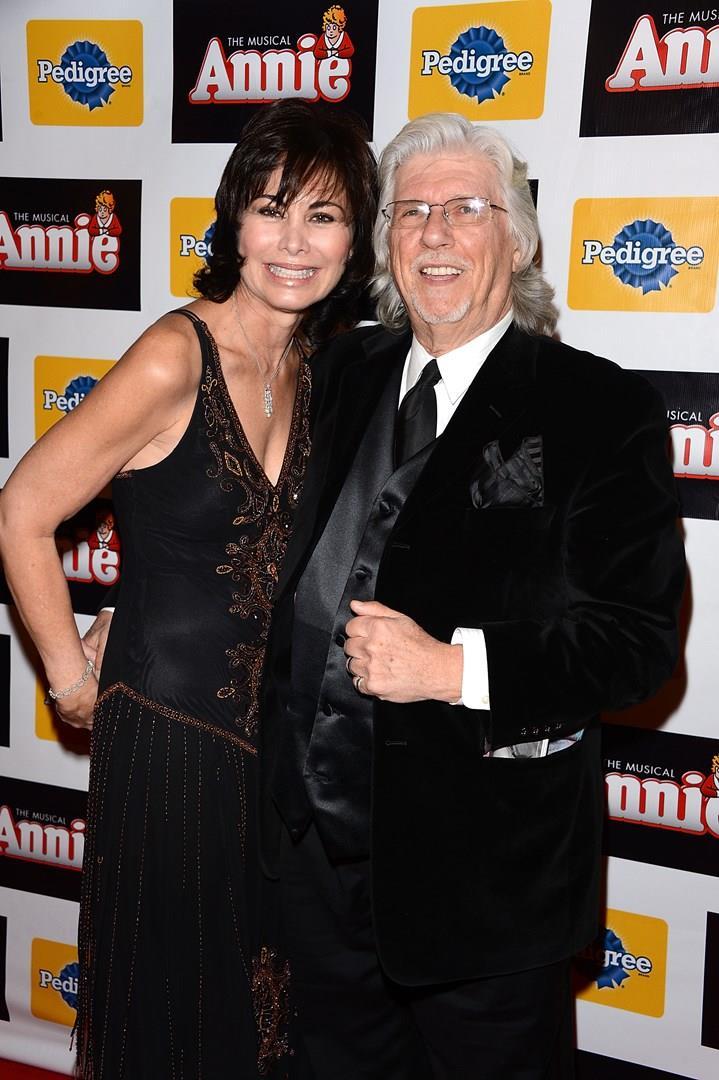 Martin Charnin e la moglie Shelly Burch durante l'apertura di Annie a Broadway nel 2012