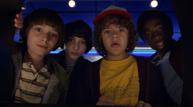 I quattro nerd di Stranger Things alle prese con il Sottosopra