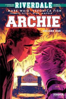Il quasi-bacio di Archie e Veronica sulla cover del secondo Volume di Archie