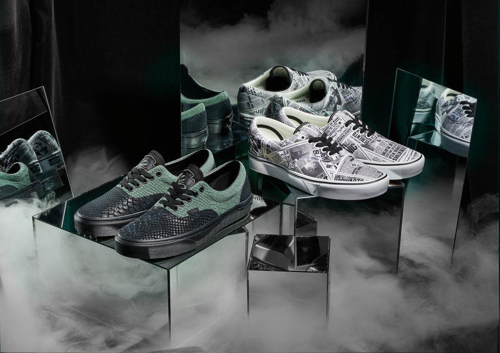 Due dei nuovi modelli di scarpe Vans x Harry Potter