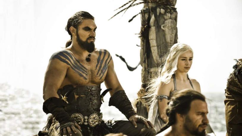 Jason Momoa ha protetto Emilia Clarke durante le scene senza veli
