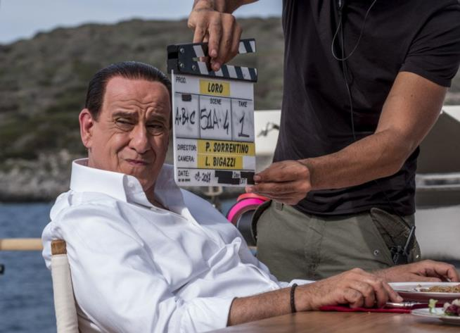 Toni Servillo si trasforma nell'ex premier in Loro di Paolo Sorrentino