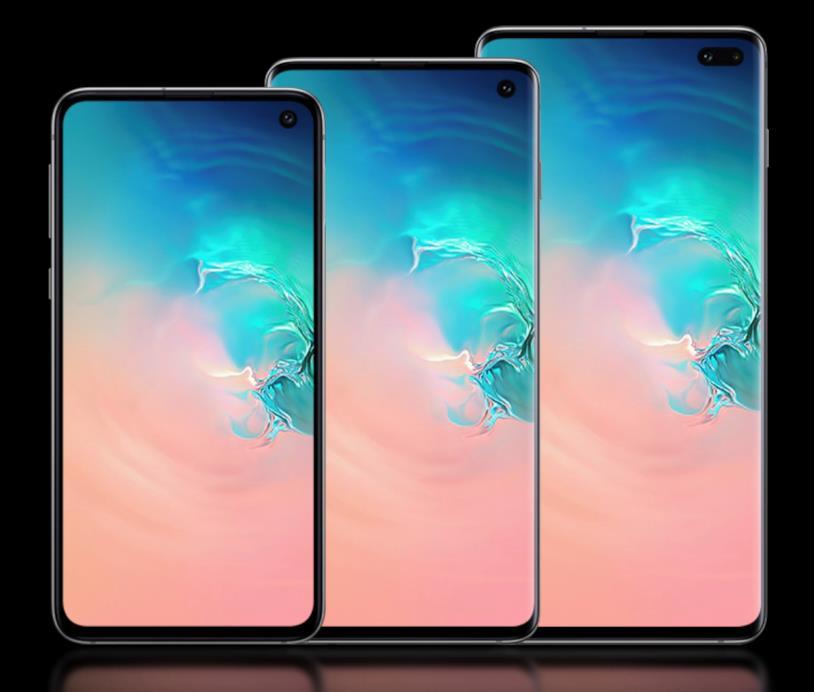 Immagine promozionale dei Galaxy S10, S10 Plus ed S10e