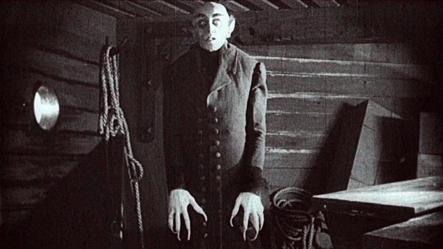 Il Conte Orlok è interpretato da Max Schreck