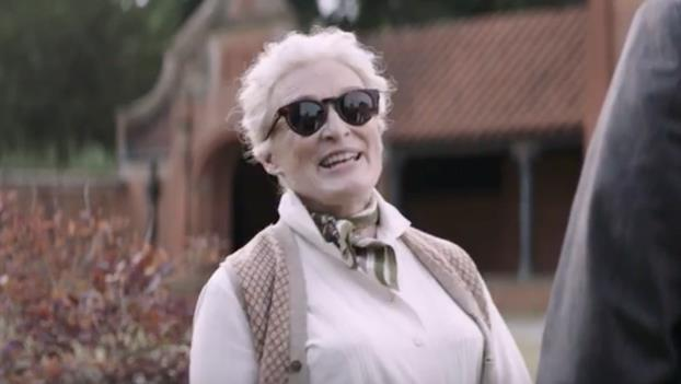 Glenn Close in Mistero a Crooked House