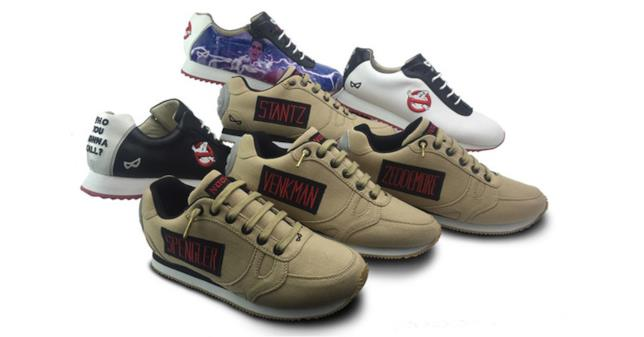 Ghostbusters, le scarpe riprendono il logo del film e i colori delle uniformi