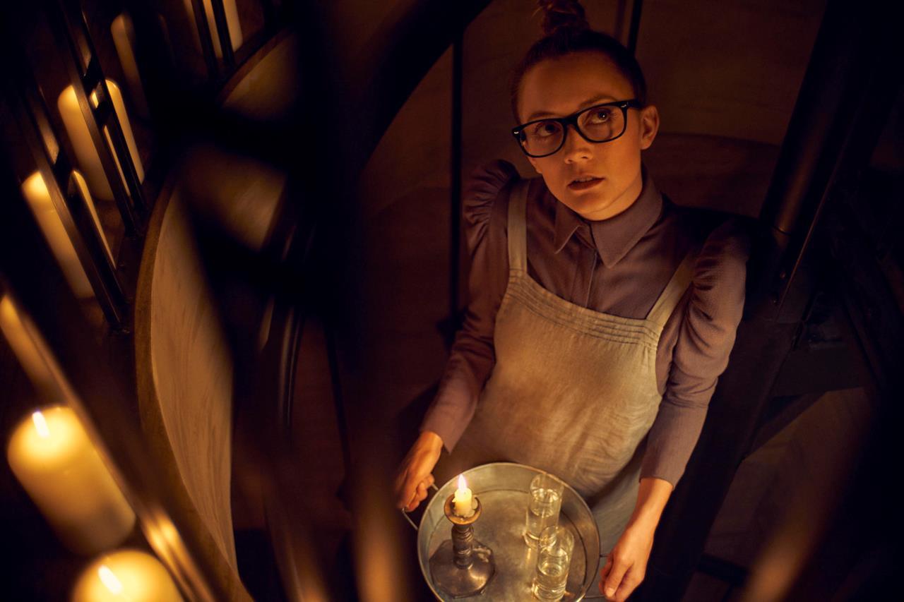 Billie Lourd in un'immagine promozionale di American Horror Story: Apocalypse