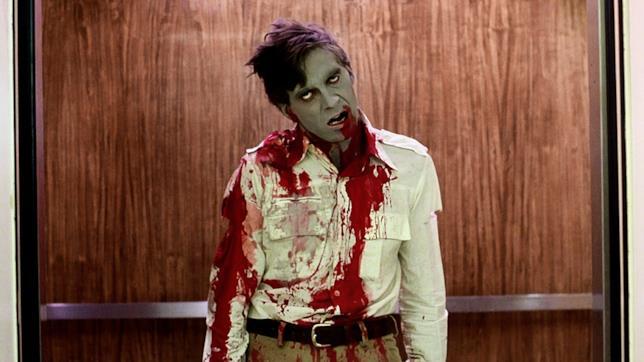 Una zombie dal film Zombi del 1978 di George A. Romero