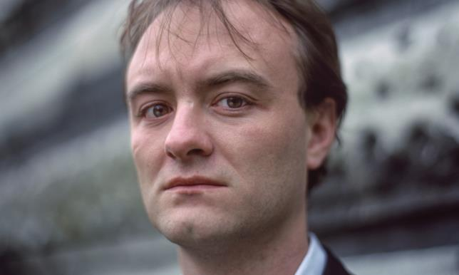 Il politico britannico Dominic Cummings