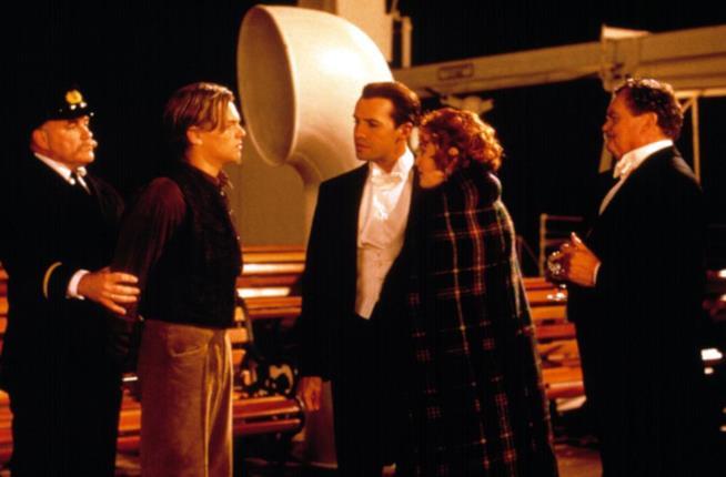 Bernard Fox con Leonardo Di Caprio e Kate Winslet in Titanic