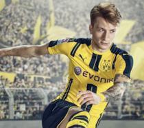 Uno dei campioni sulla cover di FIFA 17