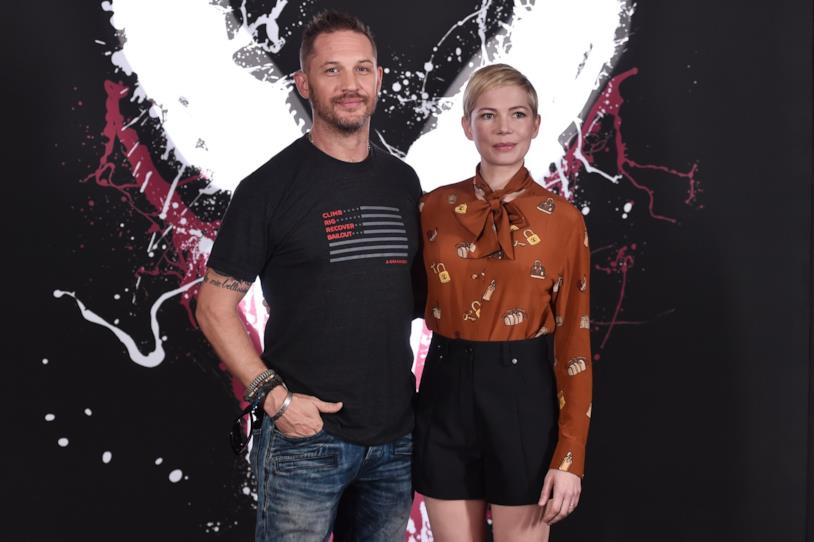 Michelle Williams insieme a Tom Hardy al Photocall per Venom