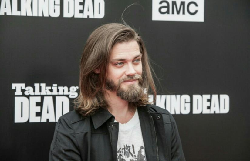 L'attore Tom Payne interpreta Jesus in The Walking Dead