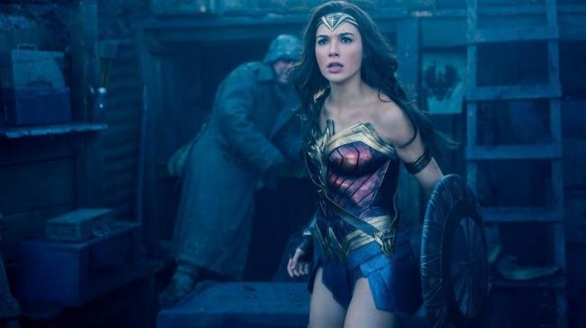 In foto Gal Gadot nel ruolo di Wonder Woman