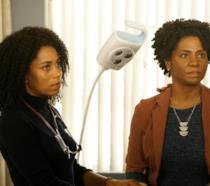 Kelly e Crystal McKreary in un episodio di Grey's Anatomy 16
