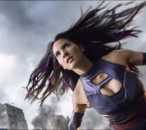 L'attrice Olivia Munn nei panni di Psylocke