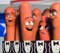 In foto un pacco di salsicce tra cui gli amici Frank e Barry Divertente, scorretto e a tratti Horror