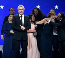 Il regista Alfonso Cuarón ha trionfato con Roma