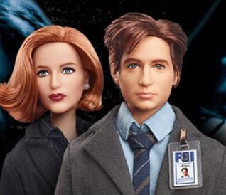 Mezzibusti delle bambole Mattel rappresentanti Fox Mulder e Dana Scully