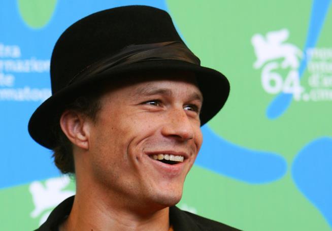 Il sorriso indimenticabile dello scomparso Heath Ledger
