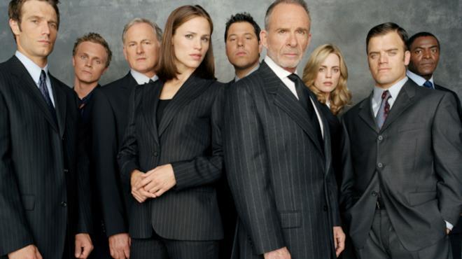 Il cast di Alias in un'immagine promozionale