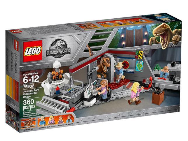 Dettagli del box del set LEGO Inseguimento del Velociraptor a Jurassic Park