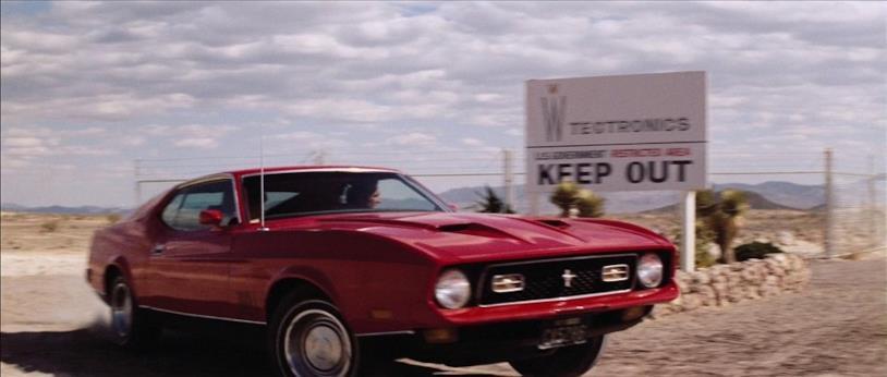 La 1971 Ford Mustang Mach 1 in una scena del film