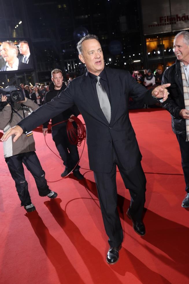 Tom Hanks sul red carpet di Inferno