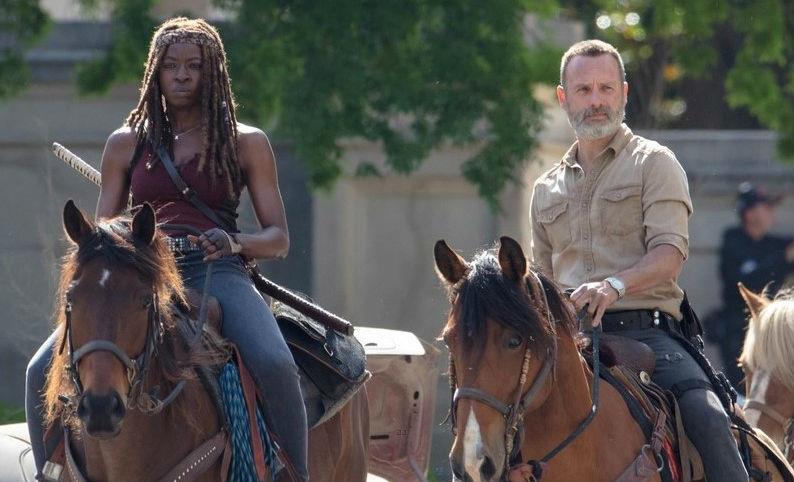 Rick in primo piano nel poster di The Walking Dead