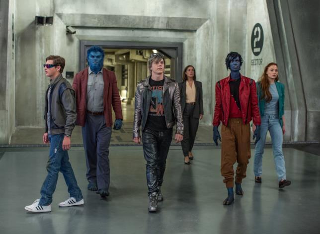 Ciclope, Bestia, Quicksilver, Nightcrawler e Jean Grey in X-Men - Apocalisse