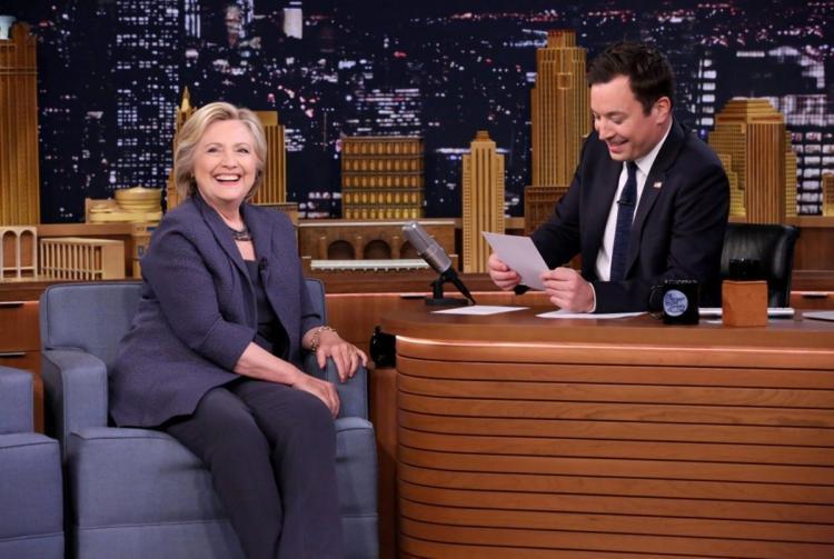 Hillary Clinton ospite di Jimmy Fallon
