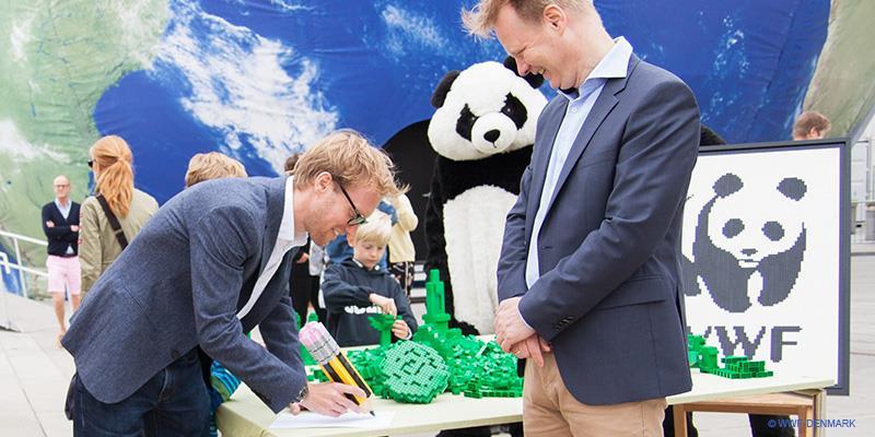 L'incontro tra i vertici del WWF e del Gruppo LEGO