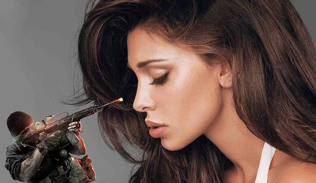 Un primo piano sexy della showgirl Belen Rodriguez