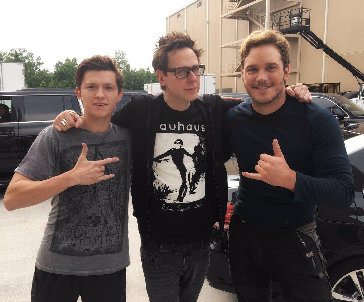 Tom Holland insieme al regista James Gunn e Chris Pratt