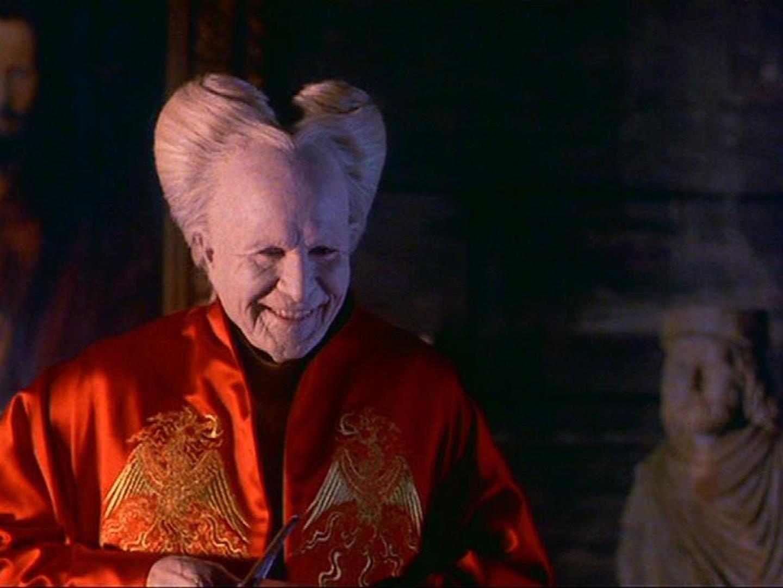 Dracula: 17 film (e serie TV) da non perdere ispirati al