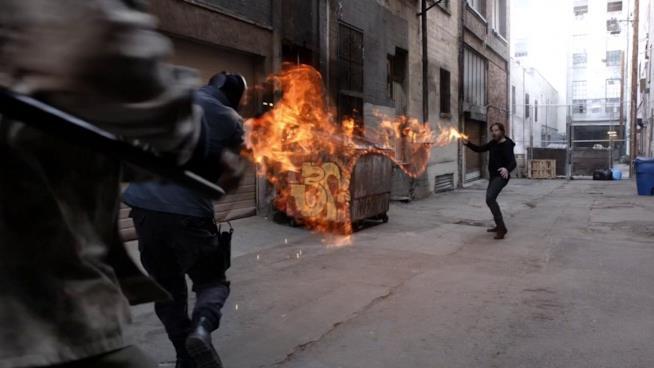 L'inumano Hellfire usa i suoi poteri in Agents of S.H.I.E.L.D.