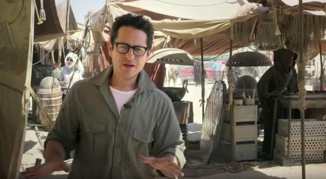 J.J. Abrams sul set di Star Wars