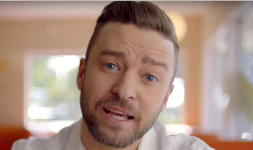 Justin Timberlake nel video Can't stop the feeling