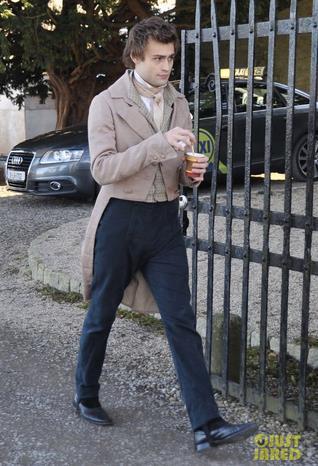 Douglas Booth interpreta Shelley