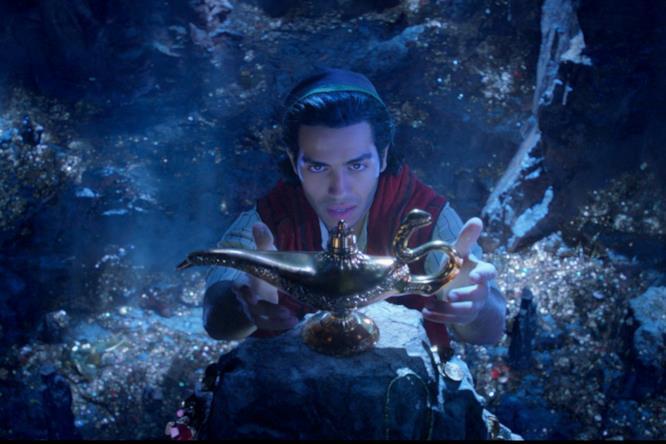 Aladdin trova la lampada magica nella Caverna delle Meraviglie