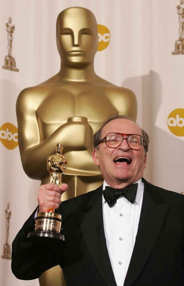 Sidney Lumet con l'Oscar alla carriera