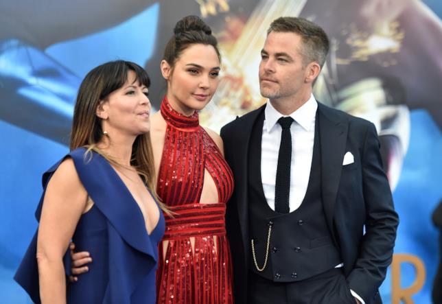 Su Twitter piovono i complimenti degli attori Marvel per il record di Wonder Woman