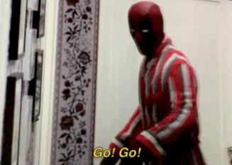 Anche Deadpool invita ad abbandonare la sala