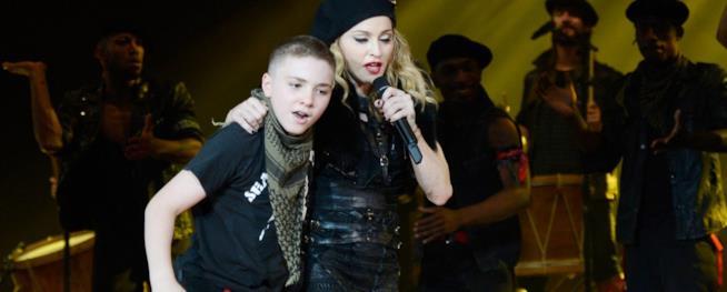 Una vecchia foto di Madonna e Rocco