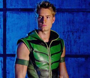 Un'immagine di Justin Hartley nel ruolo di Freccia Verde in Smallville