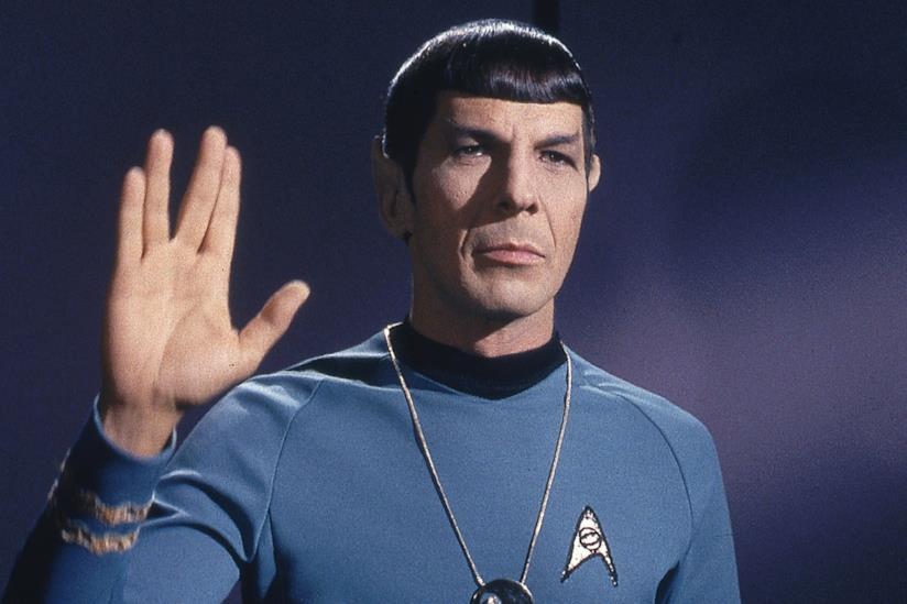 Leonard Nimoy in una scena di Star Trek