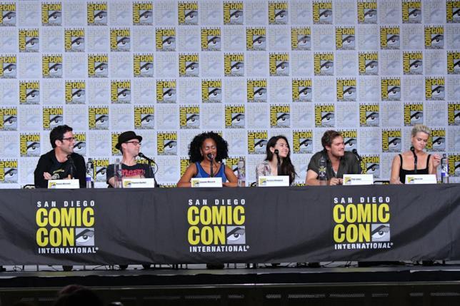 Il cast di Iron Fist al panel al San Diego Comic-Con