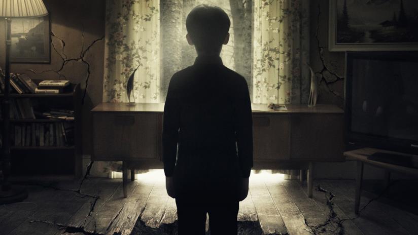 Chris, il bambino protagonista di Hole - L'Abisso