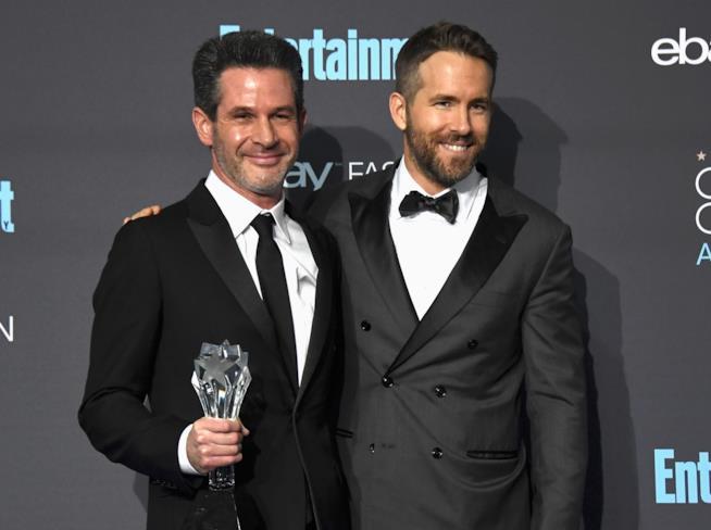 Simon Kinberg insieme a Ryan Reynolds